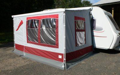 Přístřešky ke karavanům